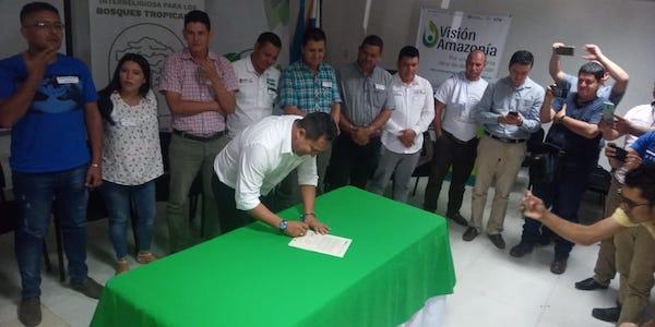 CANDIDATOS A LAS ALCALDÍAS DEL DEPARTAMENTO DE GUAVIARE FIRMAN COMPROMISO POR LA CONSERVACIÓN DE LOS BOSQUES AMAZÓNICOS